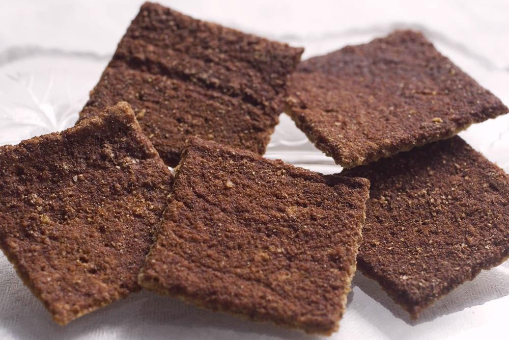 Skinny Crisps gluten free Low Carb Cinnamon Crackers