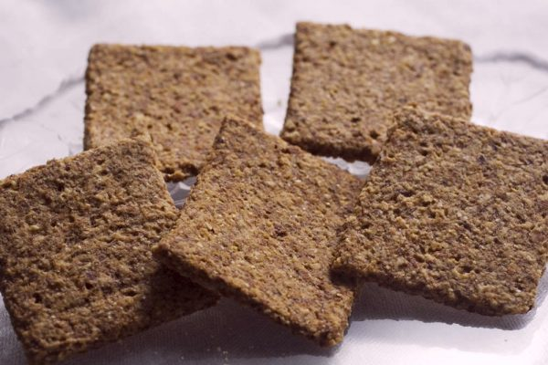 Skinny Crisps gluten free Low Carb Plain Jane Crackers