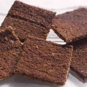 Skinny Crisps gluten free Low Carb Cinnamon Crackers
