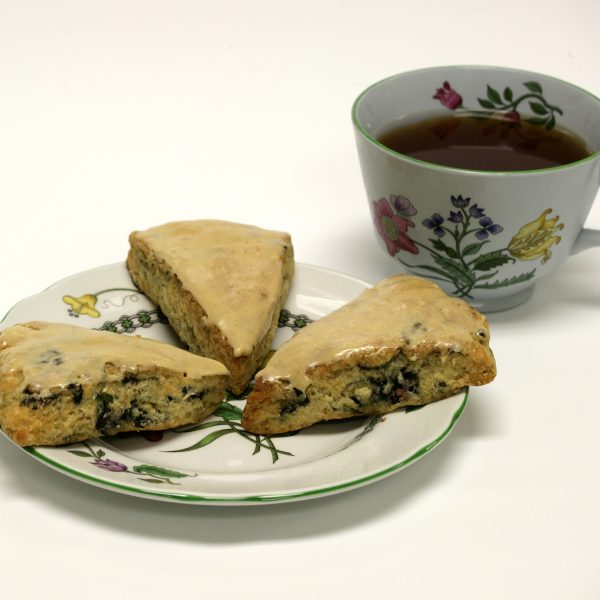 Dixie Diners Sugar Free Ready Made Glazed Scones Blueberry